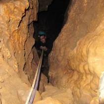 caving in israel