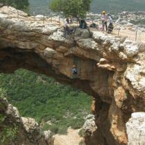 rappelling in israel